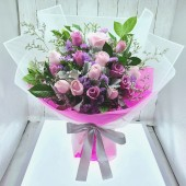 Two Tone Roses Bouquet