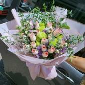 Milky Pink Roses Boquuet 18pcs