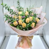 12 Roses Bouquet (Color at Your Choice)