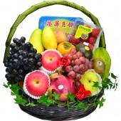 Seasonal Fruits Hamper with Wing Wah Double York White Lotus Mooncake