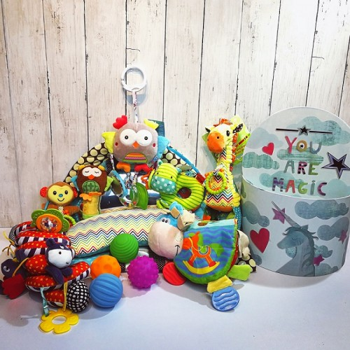 Deluxe Baby Hamper with Musical Pull