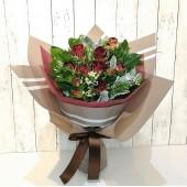 Elegant Mini Roses Bouquet