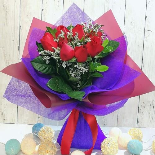 11 pcs Roses Bouquet (Color at Your Choice)